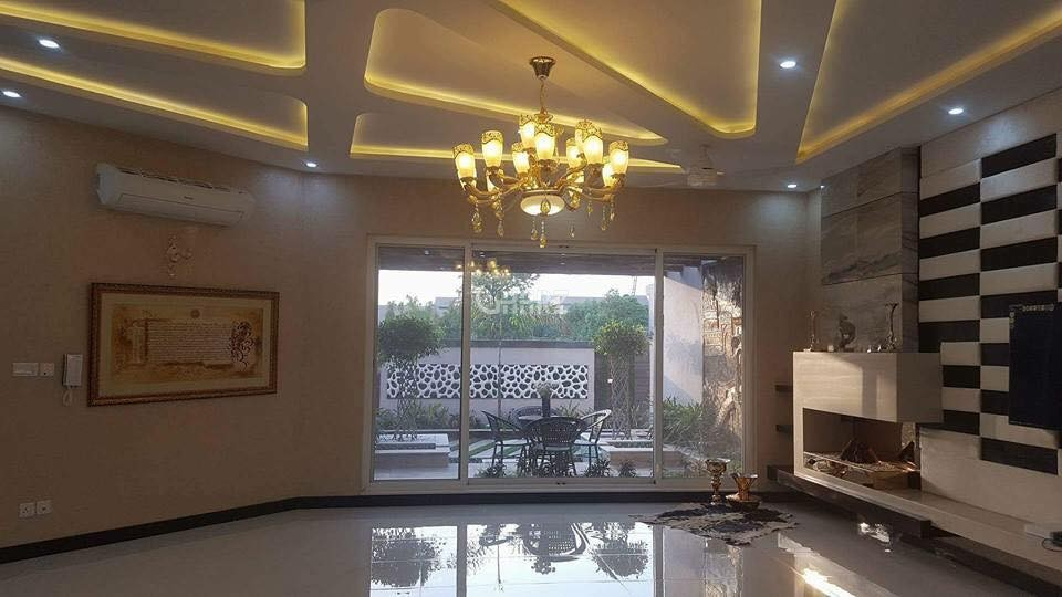 10 Marla House for Sale in Lahore Bahria Town