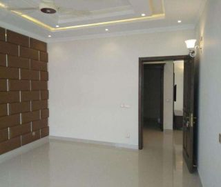 10 Marla House for Sale in Lahore Bahria Town Nargis Block