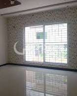10 Marla House for Sale in Lahore Bahria Town Sector C