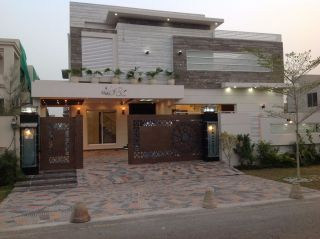 10 Marla Lower Portion for Rent in Lahore Bahria Town Overseas A