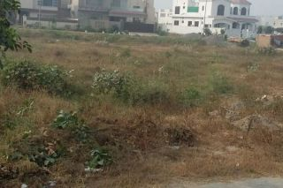 10 Marla Residential Land for Sale in Lahore Bahria Town Awais Qarni Block