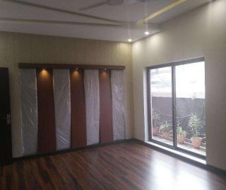 2100 Square Feet Commercial Building for Rent in Islamabad Blue Area