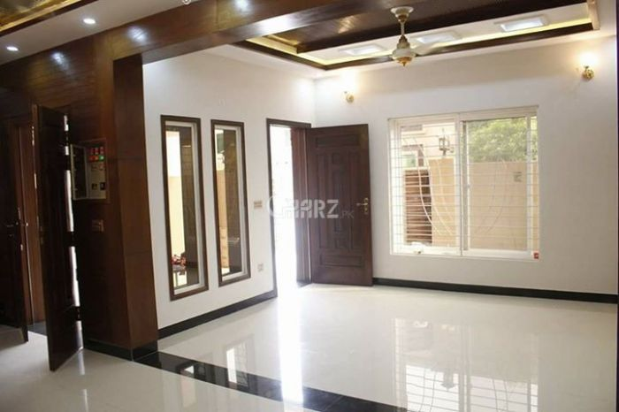 3700 Square Feet Apartment for Rent in Karachi Phase-8, DHA Defence