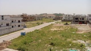 5 Marla Residential Land for Sale in Lahore Overseas