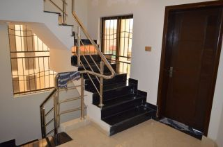 8 Marla House for Rent in Lahore Bahria Town Umer Block