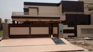 1 Kanal House for Sale in Karachi Bahria Town Phase-4