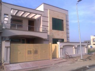 10 Marla House for Rent in Lahore Askari-11 Sector A