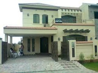 10 Marla Lower Portion for Rent in Lahore Bahria Town Chambelli Block