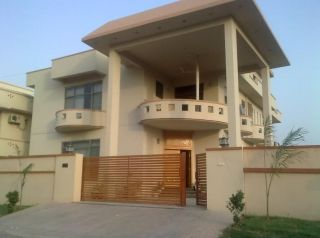 10 Marla Lower Portion for Rent in Rawalpindi Bahria Town Phase-8 Sector F-1