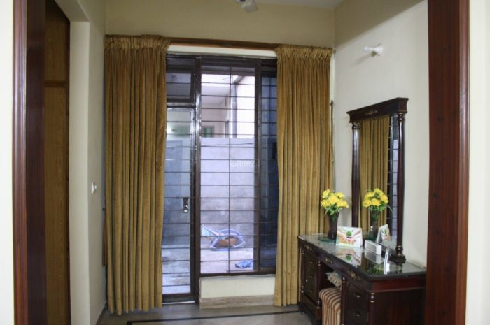 10 Marla Upper Portion for Rent in Rawalpindi Sher Zaman Colony