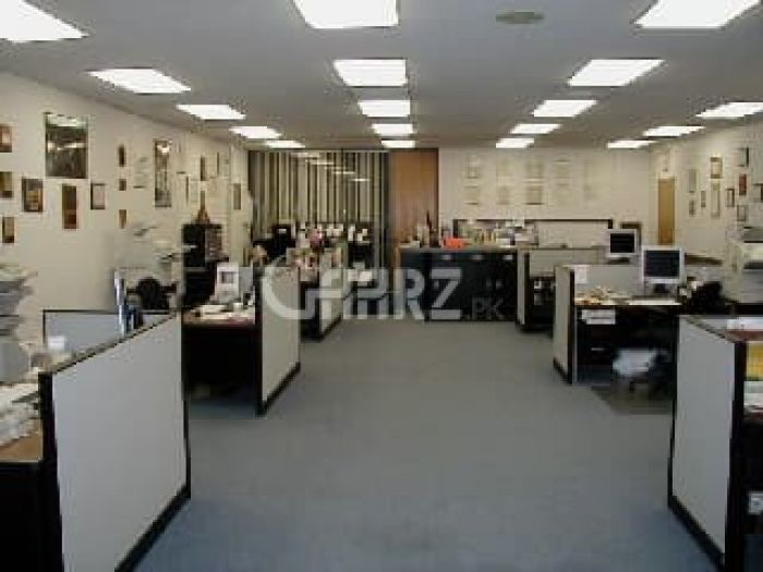 1020 Square Feet Office for Sale in Karachi DHA Phase-6