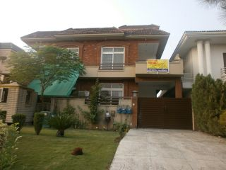 11 Marla Lower Portion for Rent in Islamabad E-11