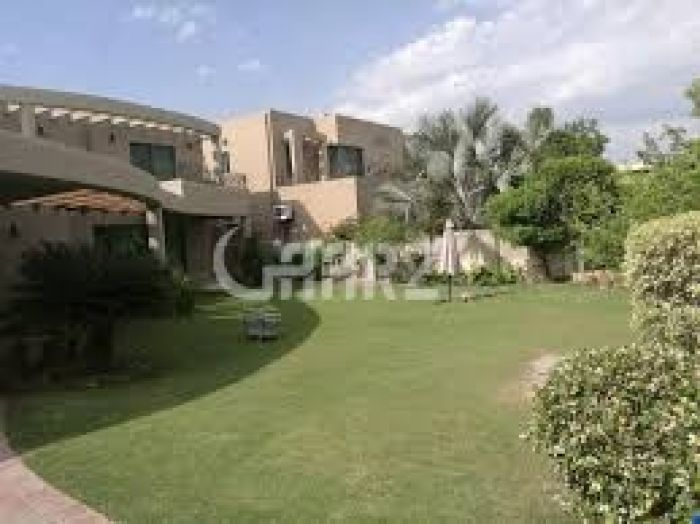 12 Kanal Farm House for Sale in Karachi Bahria Town Precinct-18