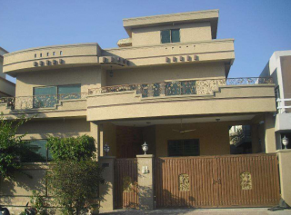 12 Marla House for Rent in Lahore Johar Town Phase-1 Block D