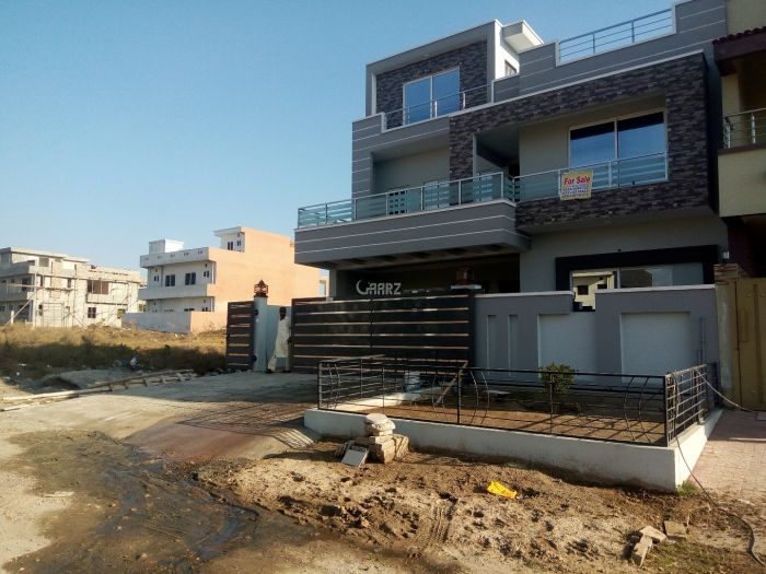 272 Square Yard House for Sale in Islamabad D-12/4