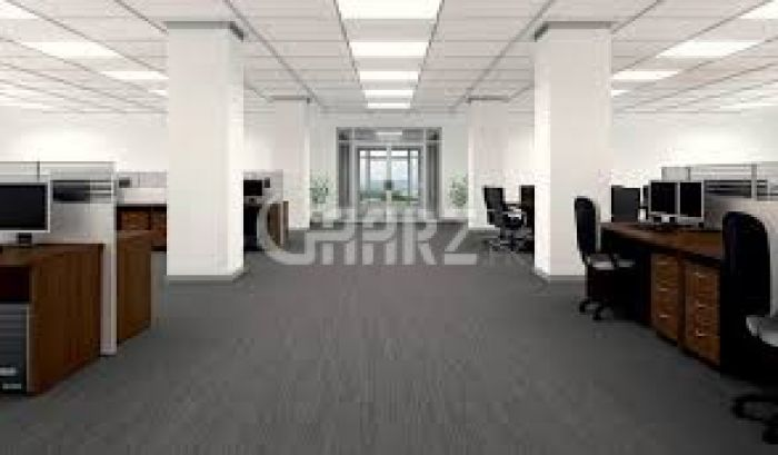 32000 Square Feet Floor for Sale in Lahore Main Boulevard Gulberg