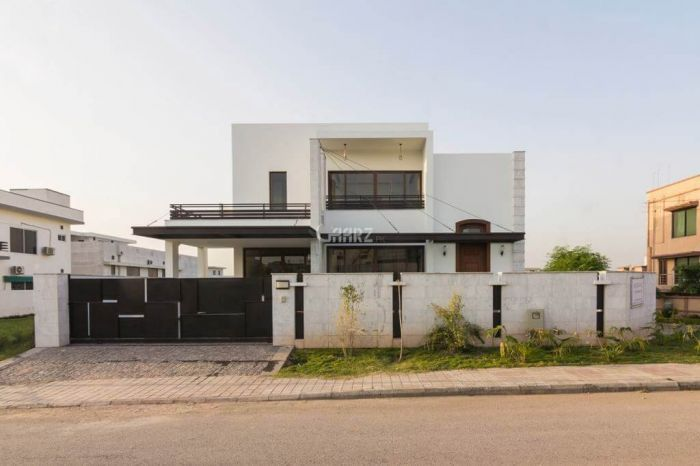500 Square Yard House for Sale in Islamabad F-11