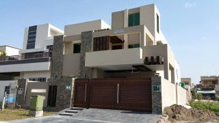 6 Marla House for Rent in Lahore Bahria Town Sector F