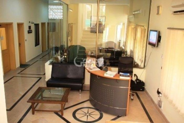 660 Square Feet Office for Rent in Islamabad Jinnah Avenue