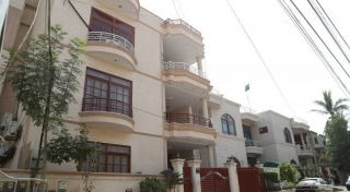 950 Square Feet Apartment for Rent in Karachi DHA Phase-6, DHA Defence