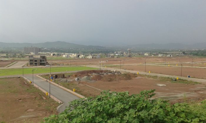 10 Marla Plot for Sale in Bahria Orchard