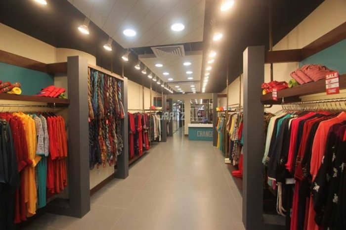288 Square Feet Shop For Rent In F-7 Markaz