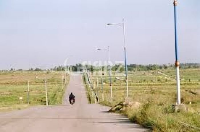 138 Square Yard Plot for Sale in Islamabad E-19