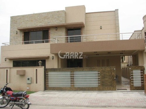 E-Type Apartment 2 Bed ,2 Bath, 1 Tv Lounge