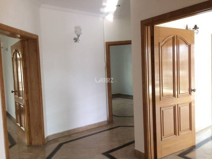 2450 Square Feet Flat Available For Rent DHA Phase 6