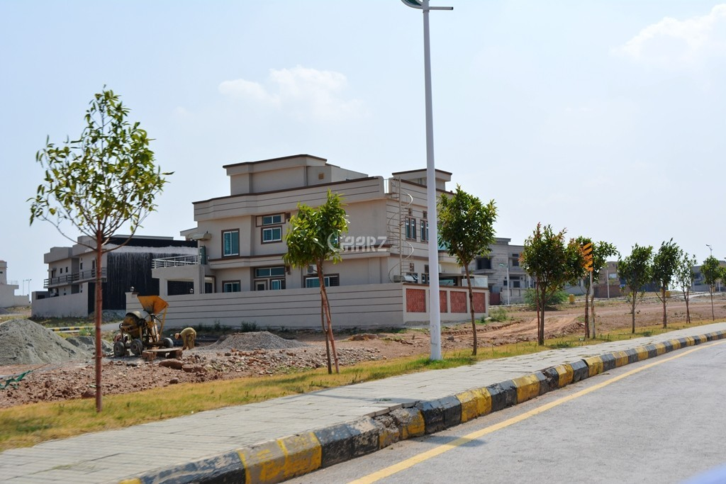 7 Marla Plot For Sale in Bahria Town Phase-8