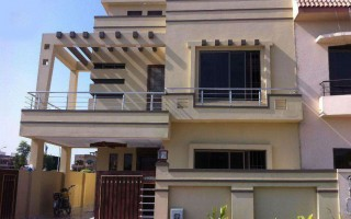 10 Marla Brand New House For Rent