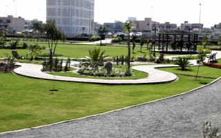 Commercial 8 Marla Plaza for sale in DHA Phase 4, Block-DD