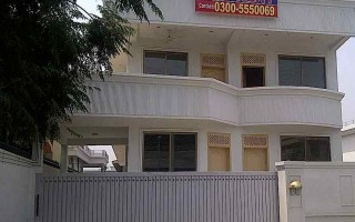 1 Kanal House for Rent in E-11