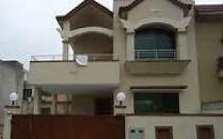 500 Square Yard House for Sale in  E 11/2 , Islamabad.