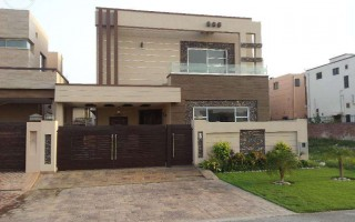 1 Kanal Upper Portion For Rent in Phase 5.