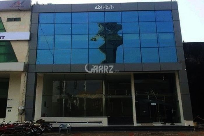 1.5 Marla 4th Story Shop For Sale In Bank Road Mardan.