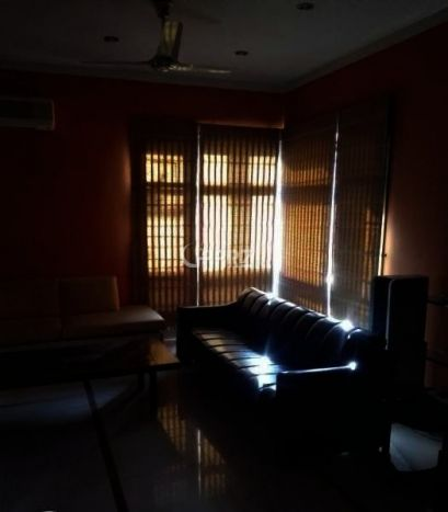 1850 Square feet Giving Apartment for Rent In Clifton, Karachi.