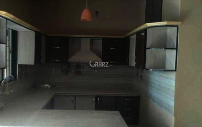 8.6 Marla House For Sale In Gulistan-e-Jauhar