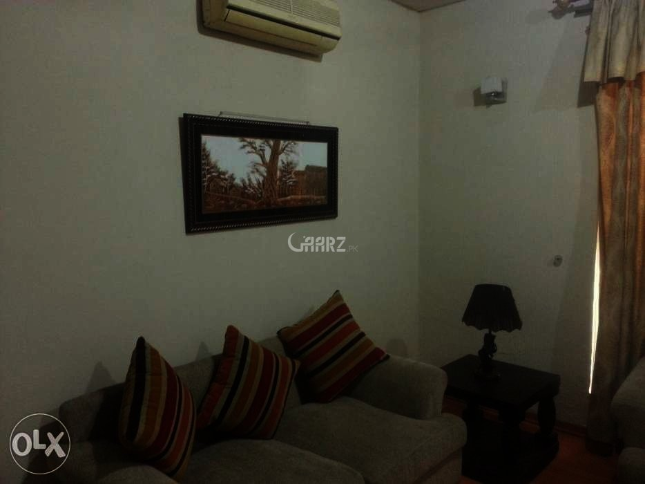 2,700 Square Feet Apartment for Rent in Mall Of Lahore