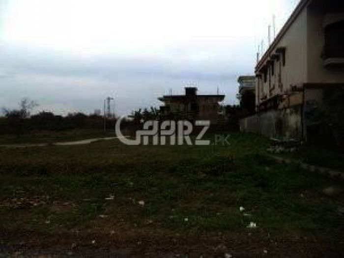200 Square Yard Plot for Sale in Sadaf Cooperative Housing