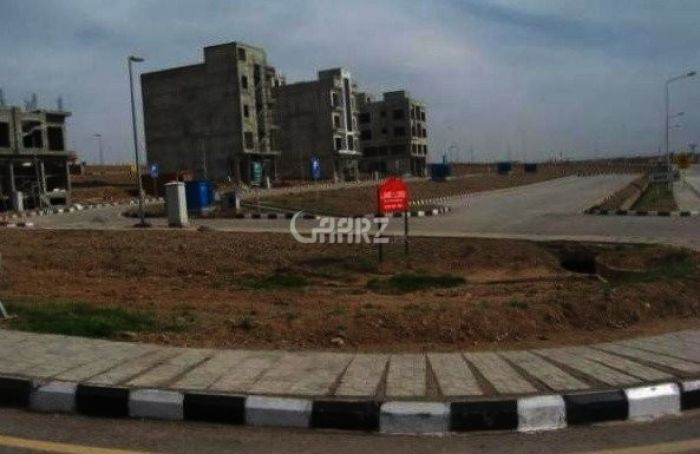 500 Square Yards Commercial Plot Available For Sale In Clifton Block 7, Karachi.