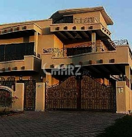 600 Square Yard Bungalow For Sale In PECHS, Karachi