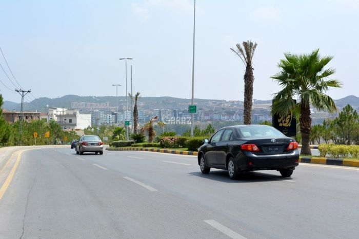 760 Square Yard Plot For Sale in Bahria Town Phase 7, Rawalpindi.