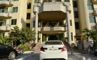 1400 Square Feet Flat for Rent In F11,Islamabad.