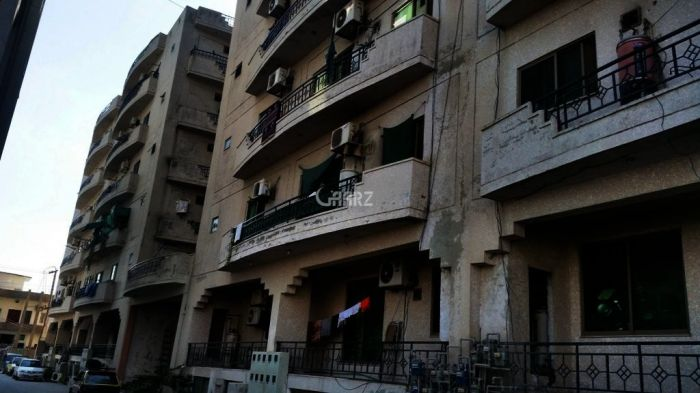 1700 Square Feet Flat For Sale In E-11, Islamabad.