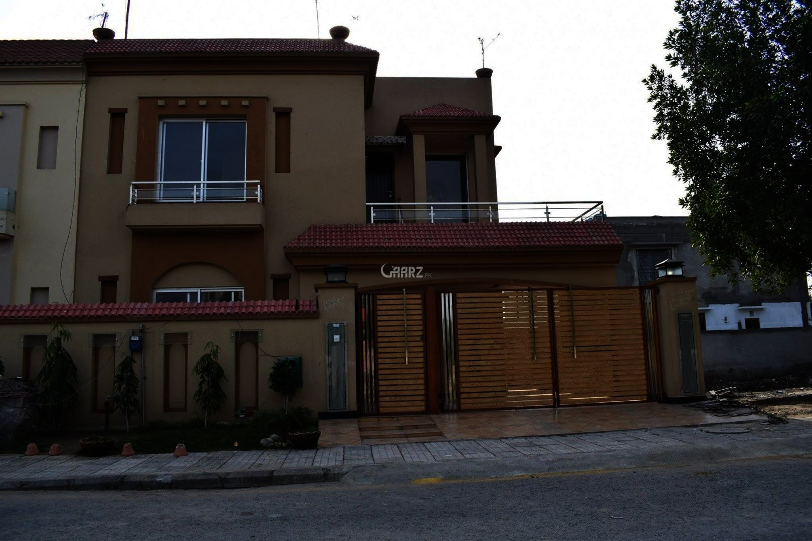 1 Kanal Furnished Brand New Modern Villa For Rent DHA 4