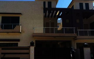 1 Kanal House For Rent In Airport Opposite Dha Phase 8, Lahore