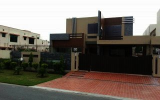 1 Kanal House For Rent In Phase-8 Park View, Lahore