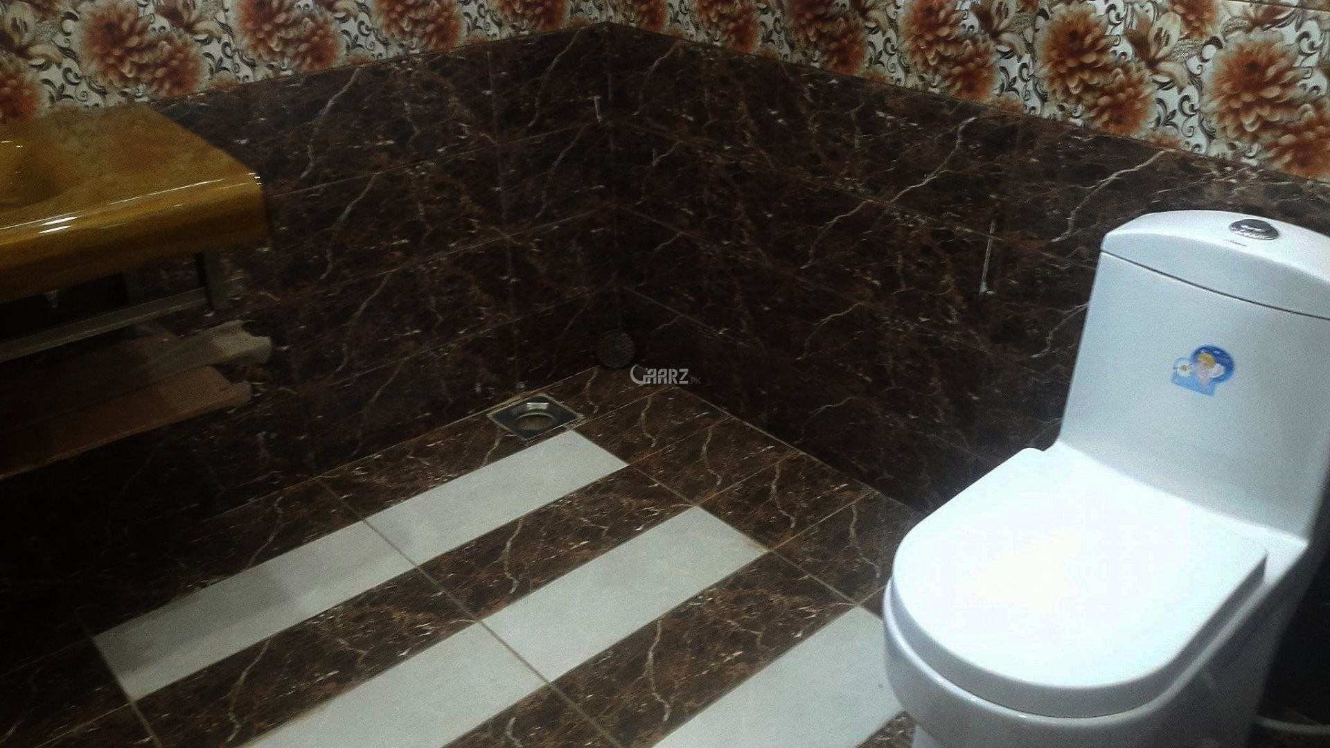 1 Kanal Luxury House For Rent In Wapda Town, Lahore