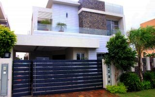 1 Kanal Most Beautiful Luxurious Bungalow Phase 6, Lahore